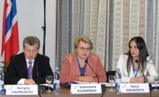 Diskutē par pārrobežu sadarbības nākotni starp Krievijas Federāciju, Eiropas Savienību un Norvēģiju Gada konferencē Krievijā